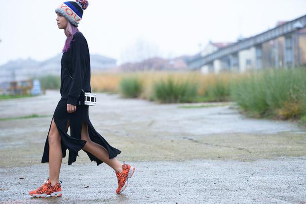 CAROLA-BERNARD-by-GIANLUCA-SENESE-cappello-zara-felpa-acne-vestio-vintage-scarpe-reebok_hg_temp2_s_full_l