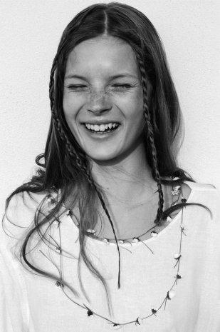 10-double-braids-kate-moss