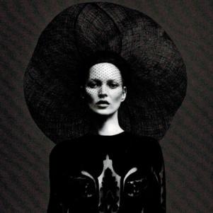 press_2012_09_01_Vogue_Paris