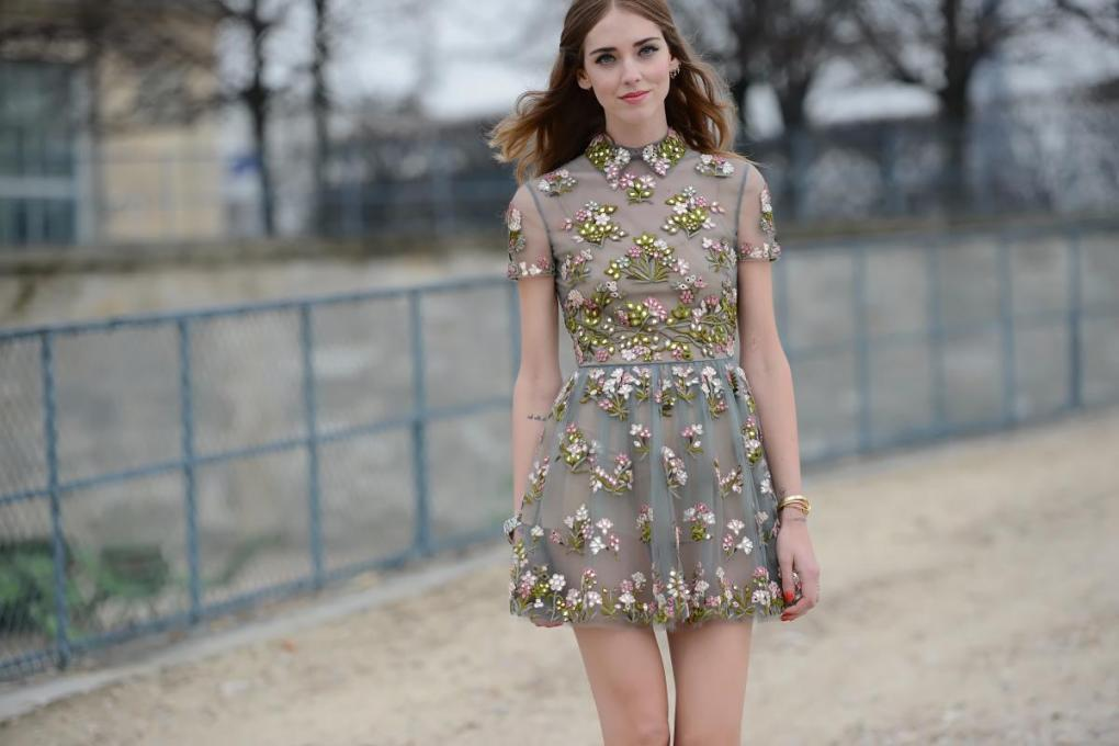chiaraferragni-chiara-ferragni-fashion-blogger-insider-maisonvalentino-valentino-dress-street-style-streetstyle-paris-thestreetmuse-the-street-muse-melaniegalea-melanie-galea-photography-trendsetter-trending-20150420293808