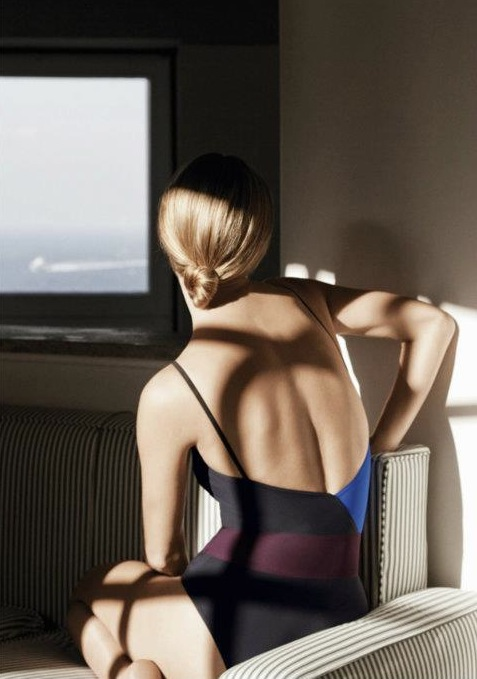 Hermès-Origami-SS12-campaign-Malgosia-Bela-3