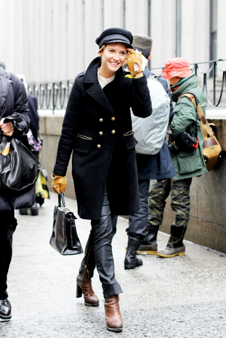 Sophie_Pera-New_York_Fashion_Week-Militar_Outfit-Street_Style-2.jpg