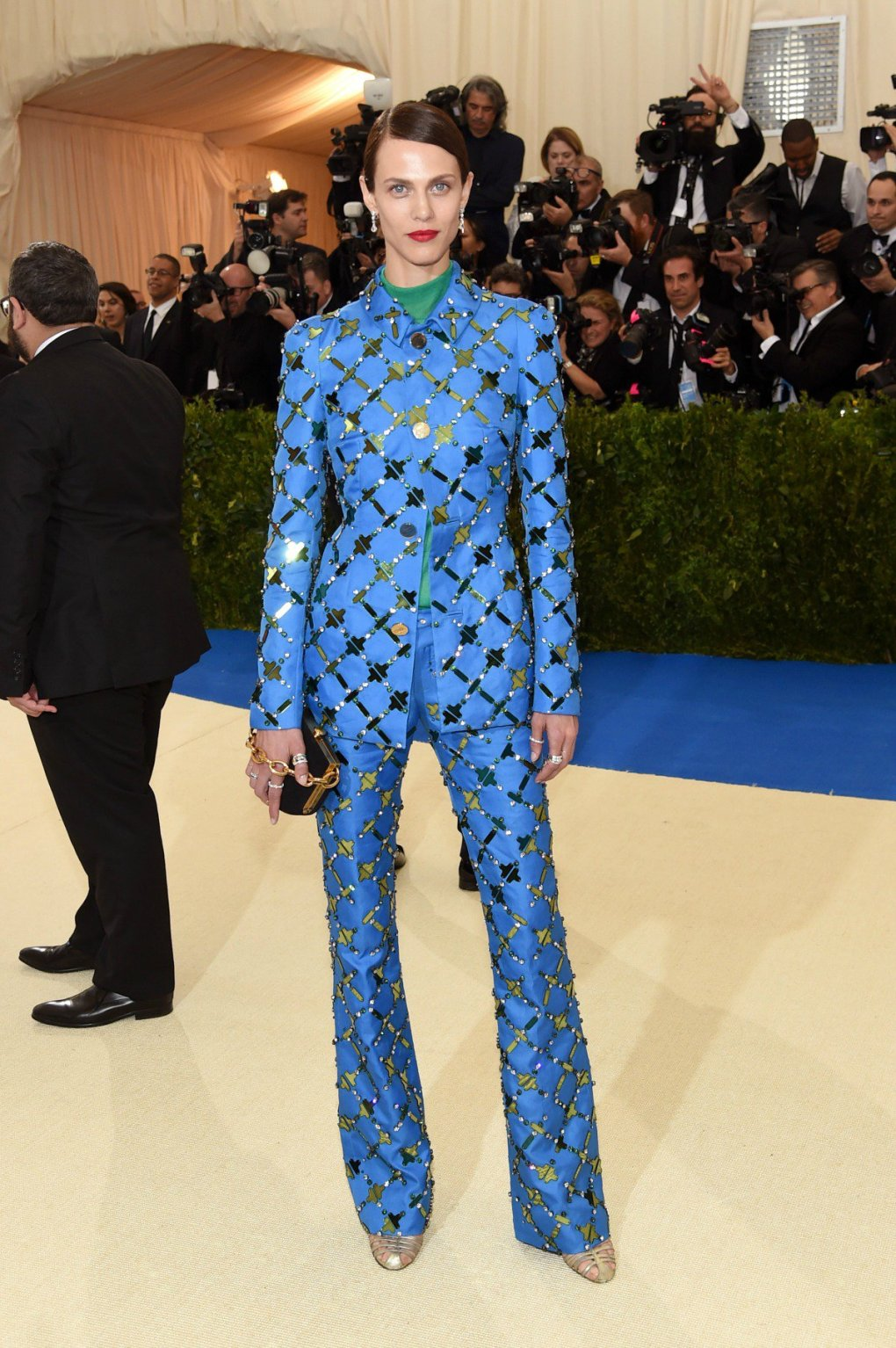 Blue-suit-met-gala-2017
